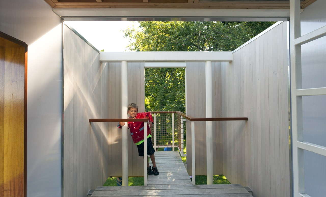 Modern Treehouse Garrison, NY - Interior with Child
